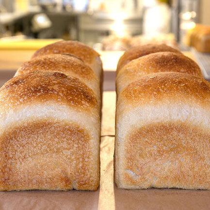 4月のパンとお菓子のスケジュール変更について