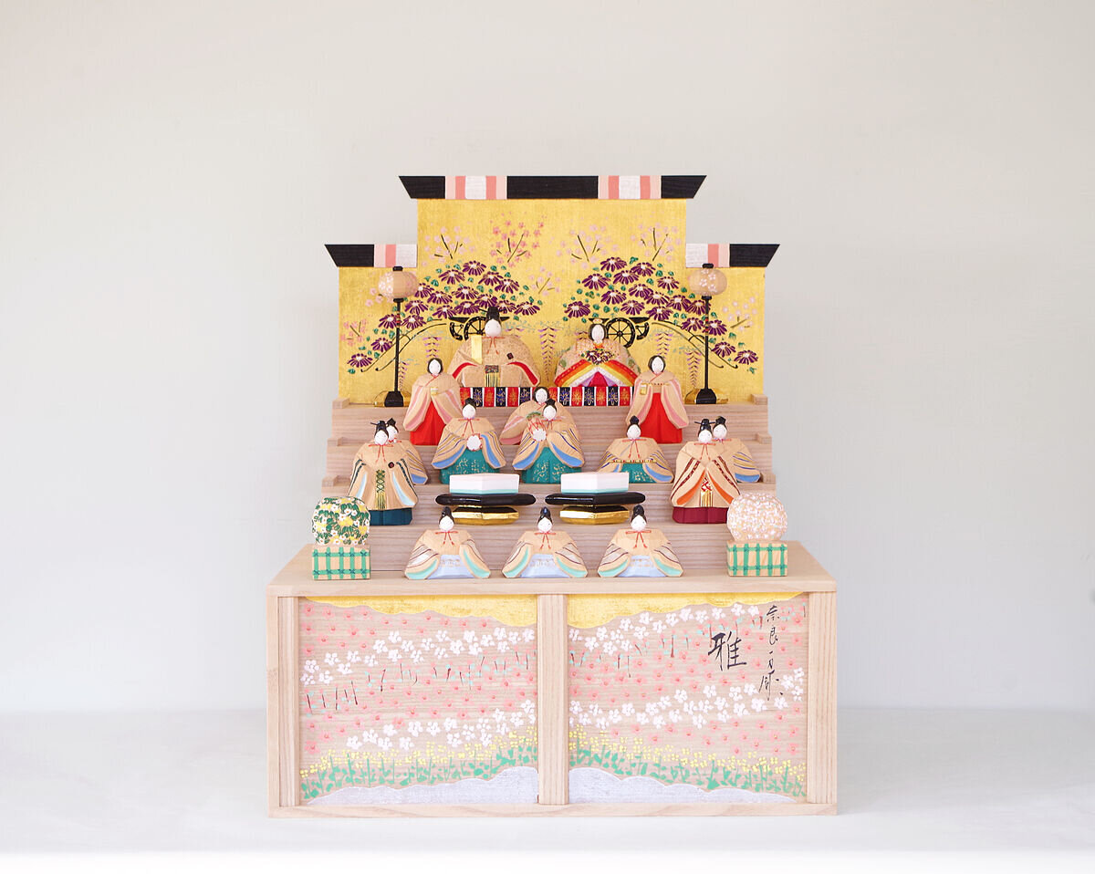 奈良一刀彫 荒木義人作 段雛 -雅- 販売いたします。
