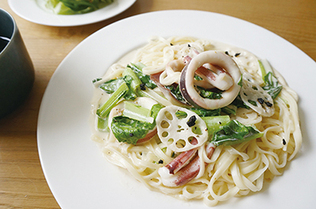 Carbonara with Squid and Local Vegetables