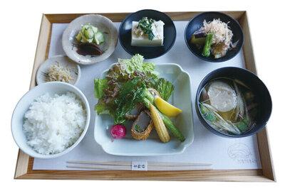 大和ポーク肉巻きフライ定食 ¥1,700(税込)