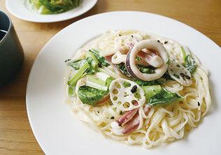 イカと大和野菜のカルボナーラ